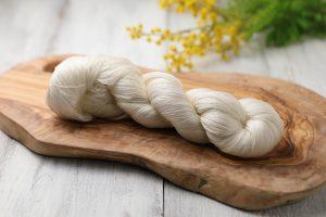 絹紡糸 2/210Nm