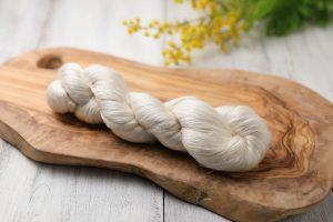絹紡糸 2/240Nm